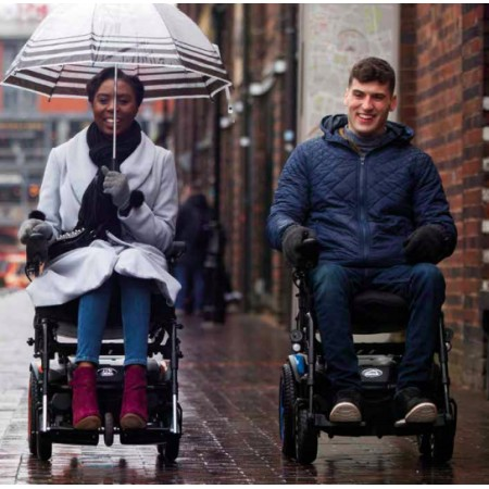 silla-de-ruedas-electrica-compacta-quickie-q100r.jpg