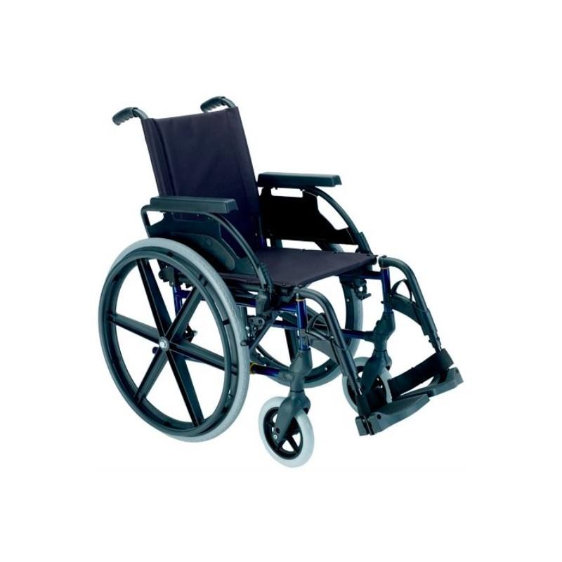 Silla de ruedas Breezy Premium con cojín antiescaras y cinturón abdominal